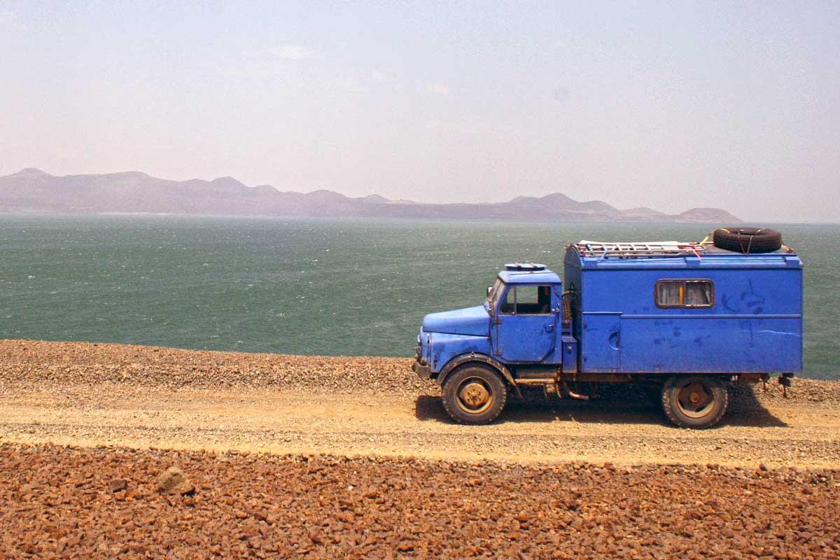 Am Lake Turkana in Kenia