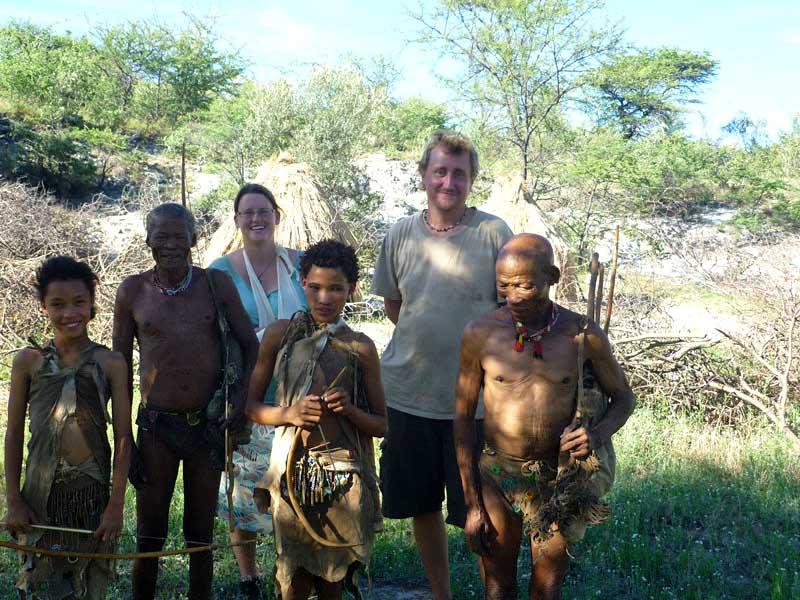 Zu Besuch bei San Buschleuten in Namibia